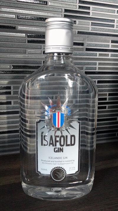 isafold-gin-bottle