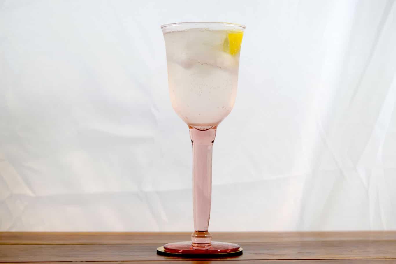 Gin Fizz (Historic)