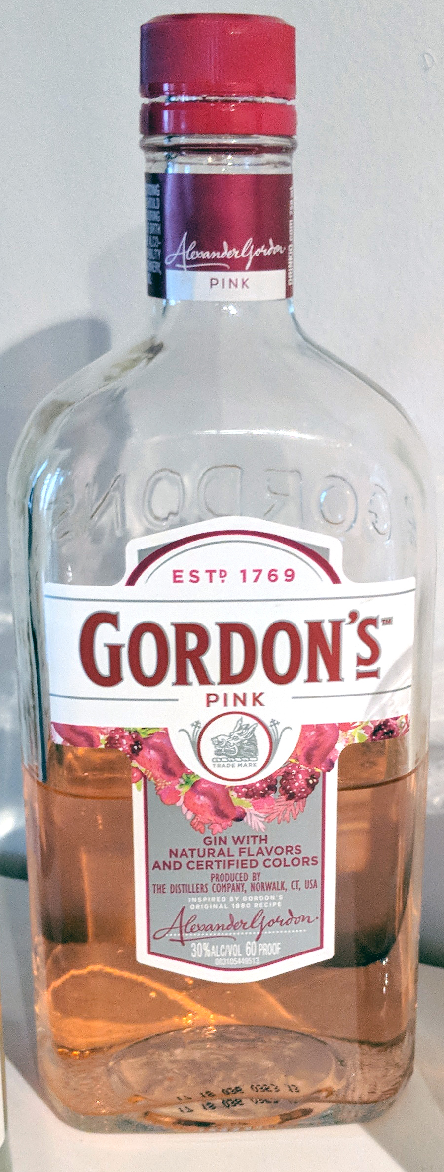 Gordon S Pink Gin 30 Berry Flavored Gin Review And Rating The Gin Is In