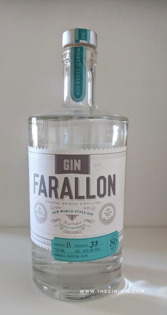 Gin Farallon bottle
